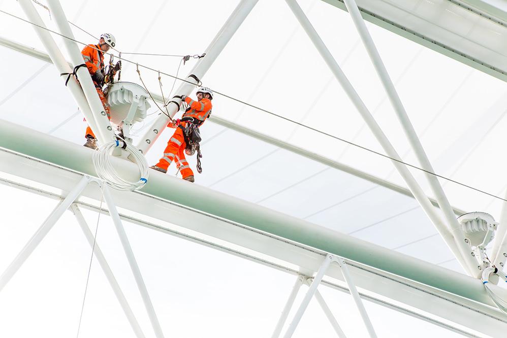 Wimbledon Centre Court - lighting installation