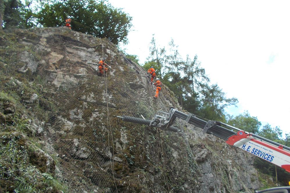 Emergency Highway Rock Stabilisation using passive rockfall netting - Via Gellia
