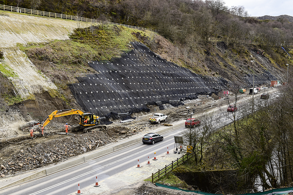 Soil nailing & erosion matting installation - Heads of the Valleys